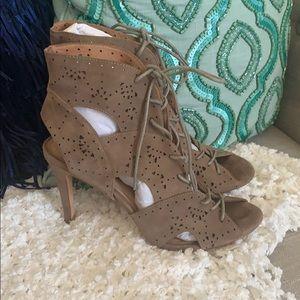 $398 Joie Beige LASER Gladiator Sandal Heels 9 39